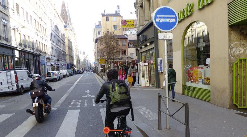 Maison_Velo_Lyon_Cohabitation_couloirs_bus-800x445